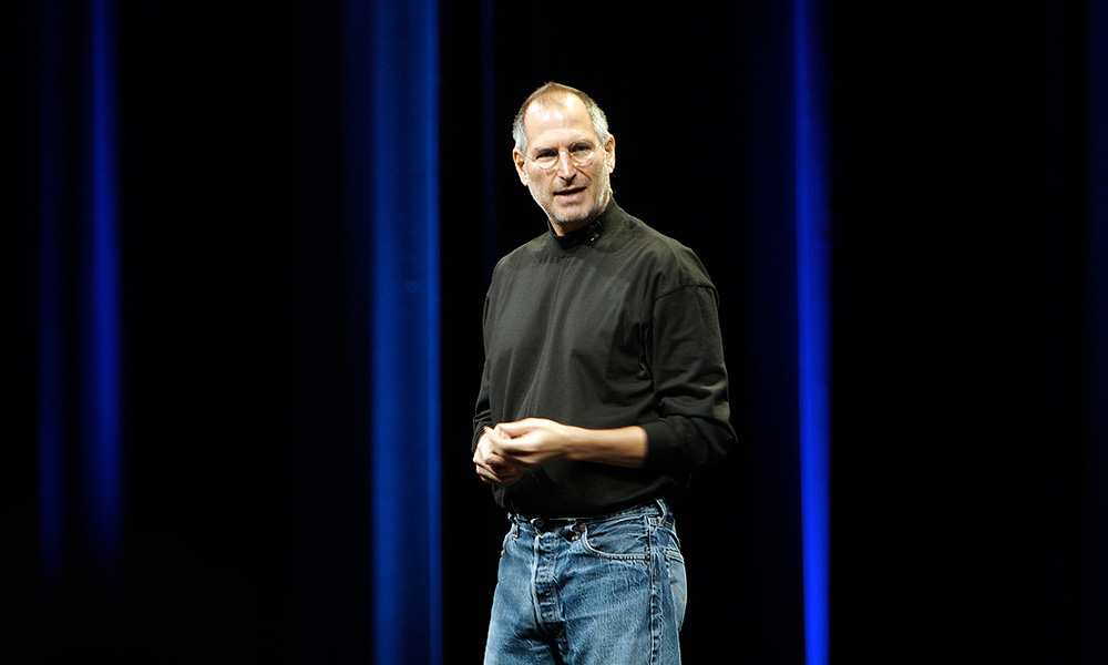 steve jobs as an example of a great leader Jobs was good at getting people to work together to accomplish things they didn't  believe they could achieve that's the definition of leadership.